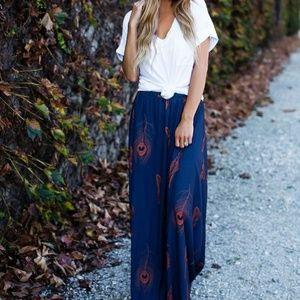 Dresses & Skirts - Feather print maxi skirt